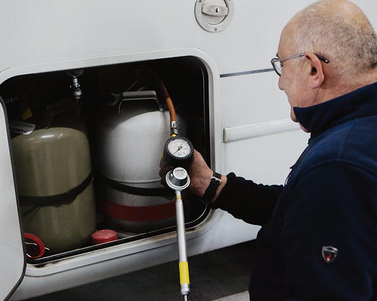 Leistung Wohnwagen Wohnmobil Diagnose Reparatur
